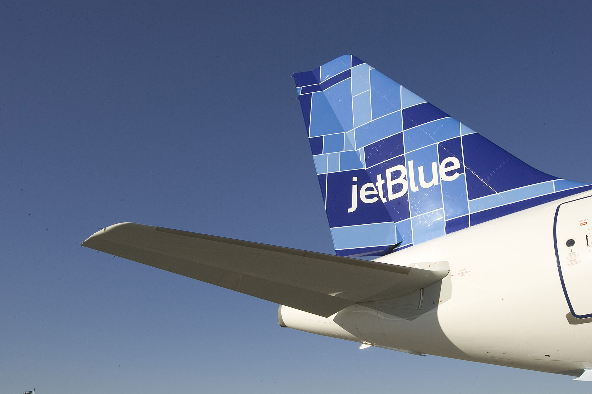 Are JetBlue Airways Corporation (JBLU) Stock Technicals Favorable?