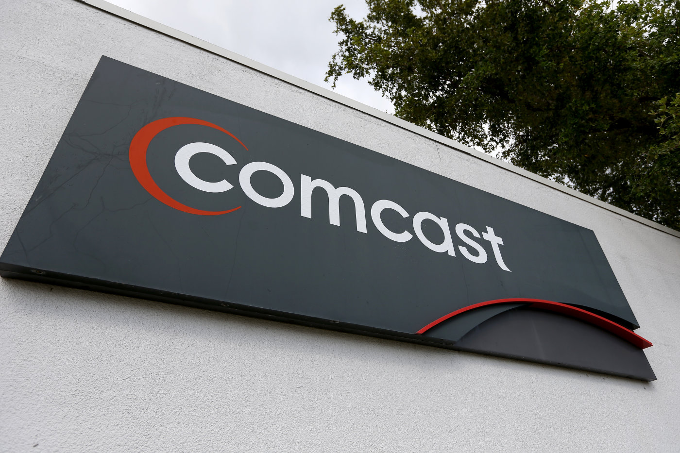 Comcast Corporation (CMCSA) EPS Estimated At $0.49