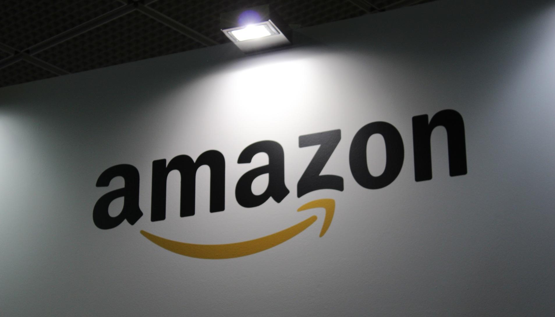 Amazon.com, Inc (NASDAQ:AMZN) Music Unlimited Hits UK ...
